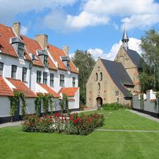 Beguines' convent (Beguinage)